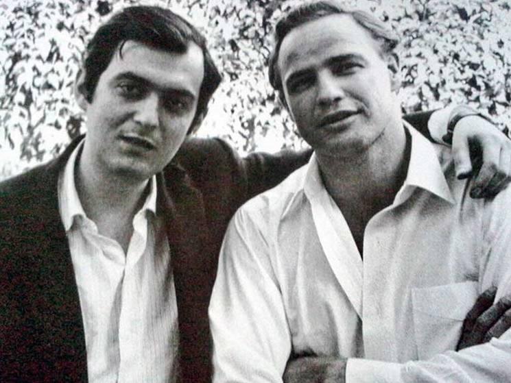 Стэнли Кубрик и Марлон Брандо в доме Кубрика в Беверли-Хиллз, 1958 год