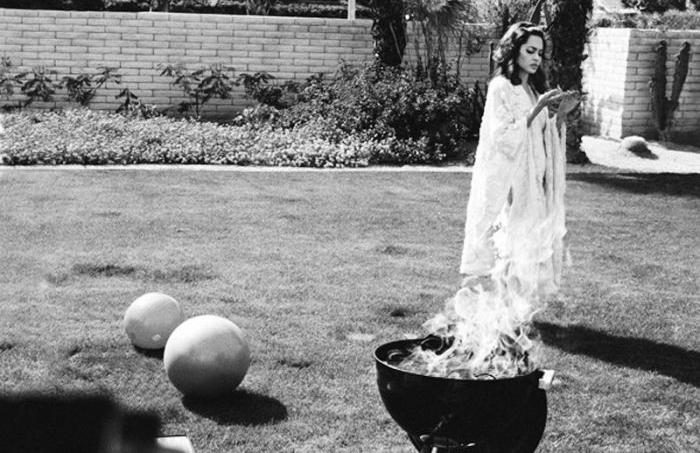 Анджелина Джоли и Брэд Питт для журнала W, 2005 год