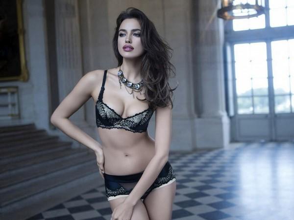 10 самых красивых женщин России в 2013 году по версии журнала Maxim