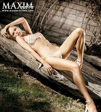 Софи Монк в фотосессии для Maxim