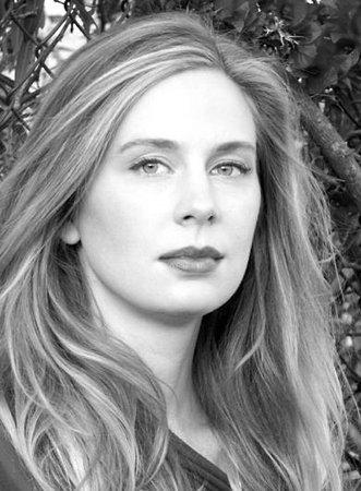 Энн Дудек (Anne Dudek)