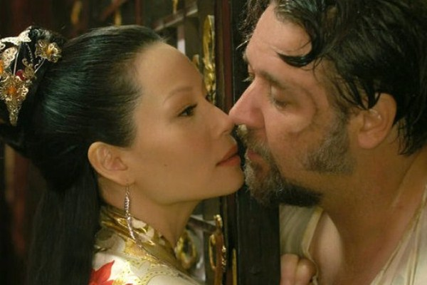 Лучшие поцелуи из фильмов 2012 года