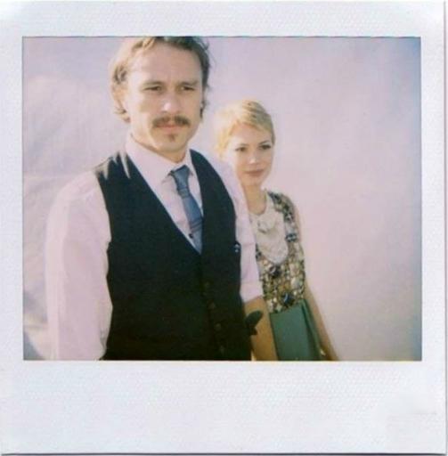Старые снимки звезд на Polaroid.