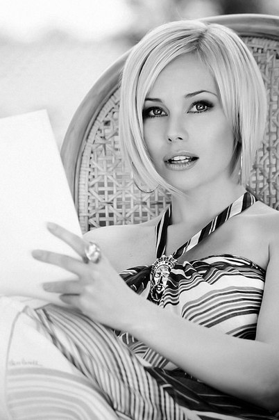 Елена Корикова (Elena Korikova)