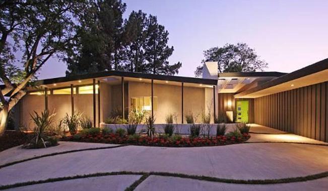 Дом Майли Сайрус в Студио-Сити