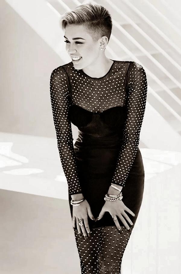 Майли Сайрус для Fashion, ноябрь 2013
