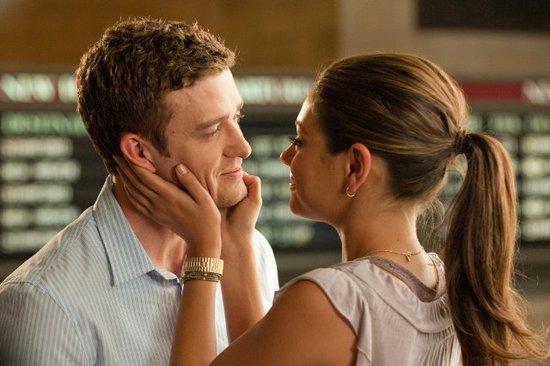 Лучшие поцелуи из фильмов 2011 года