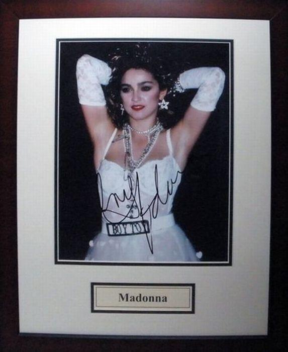 Автограф мадонны