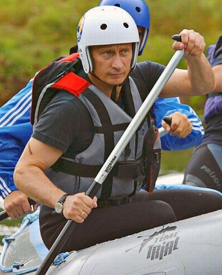 Владимир Путин занимается спортом