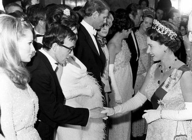 Вуди Аллен знакомится с Королевой Елизаветой II, 1966 год
