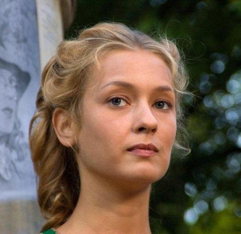 Евгения Лоза (Eugenia Loza)