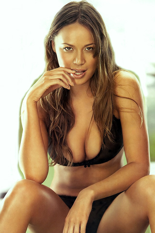 Мун Блудгуд (Moon Bloodgood)