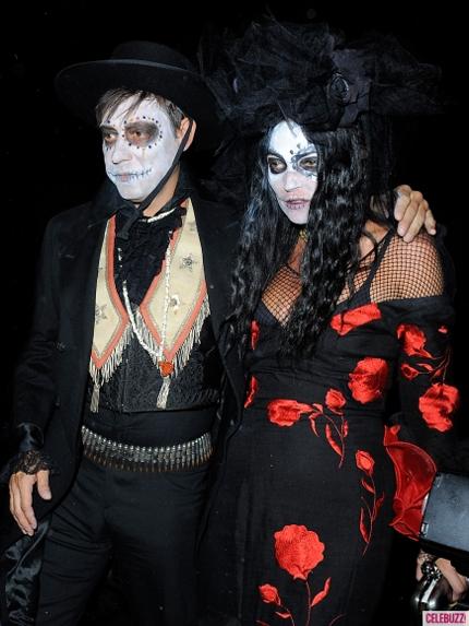 Костюмы звезд на Хеллоуин 2013
