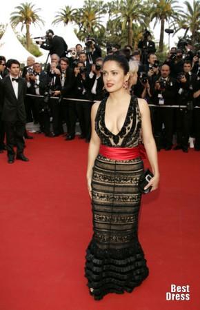 Сальма Хайек в платьях