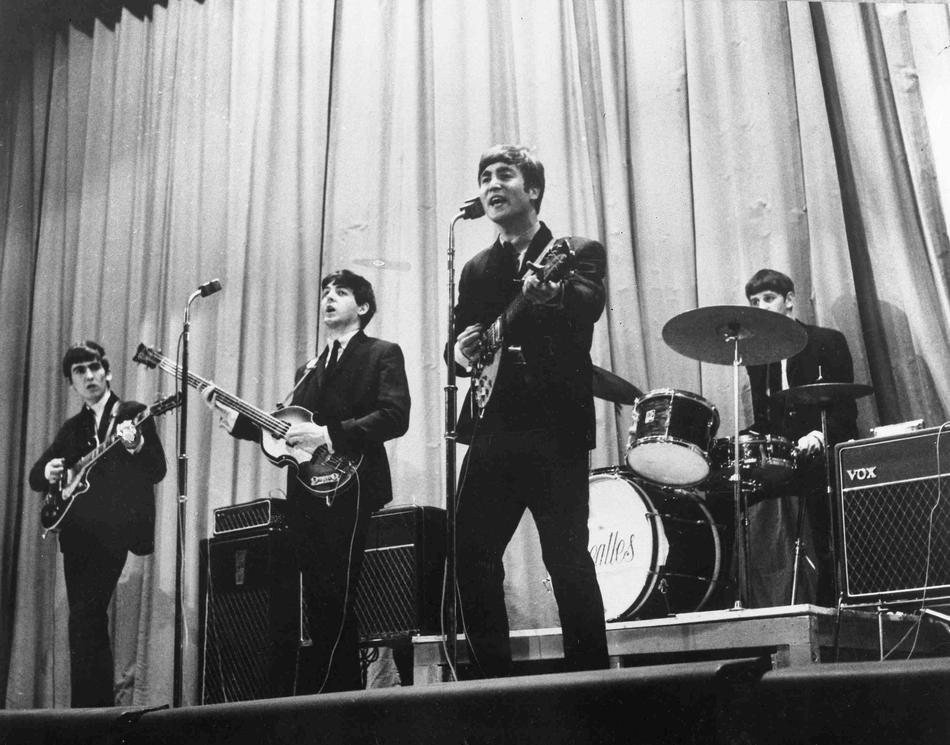 The Beatles на сцене