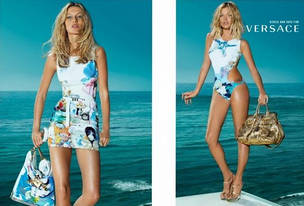 Кейт Мосс и Жизель Бундхен для рекламной кампании Versace