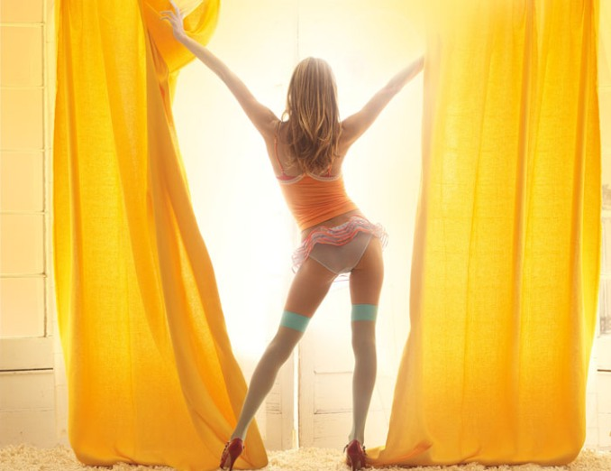 Алессандра Амбросио в фотосессии для коллекции Secret Moments (Victoria's Secret)