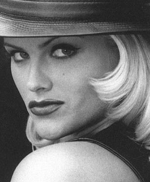 Анна Николь Смит (Anna Nicole Smith)