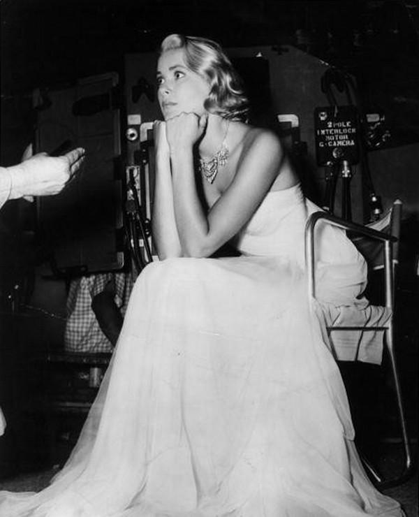 """Грейс Келли на съемках фильма """"Поймать вора"""", 1954 год"""