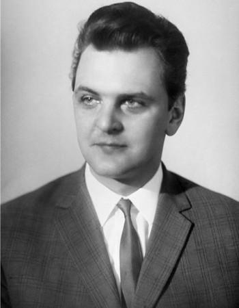 Юрий Яковлев