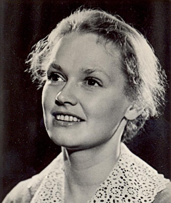 Нина Гребешкова (Nina Grebeshkova)