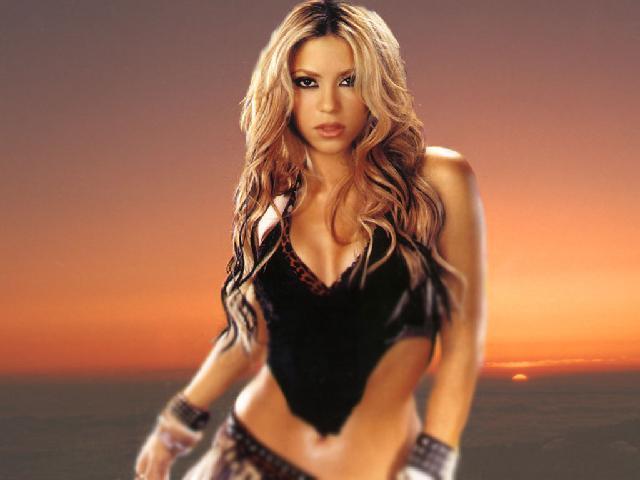 Шакира (Shakira) – Шакира Риполл (Shakira Ripoll)