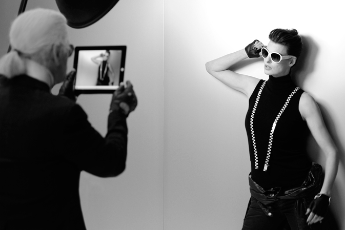 Линда Евангелиста в лукбуке Chanel Eyewear