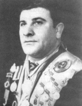 Андрей Цховребов