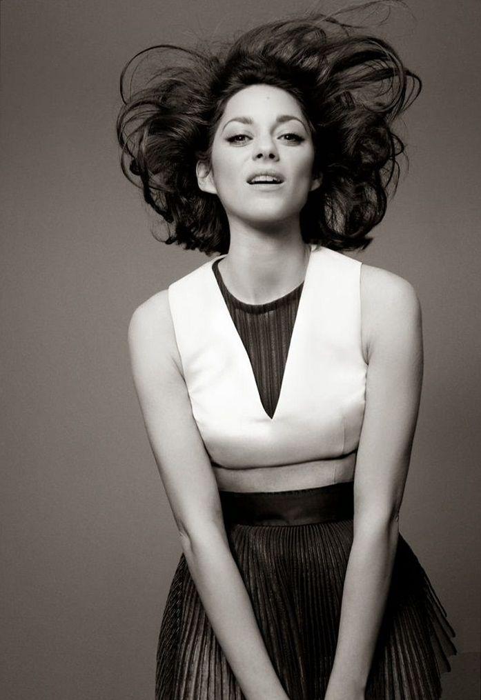 Марион Котийяр в рекламной кампании Lady Dior 2014