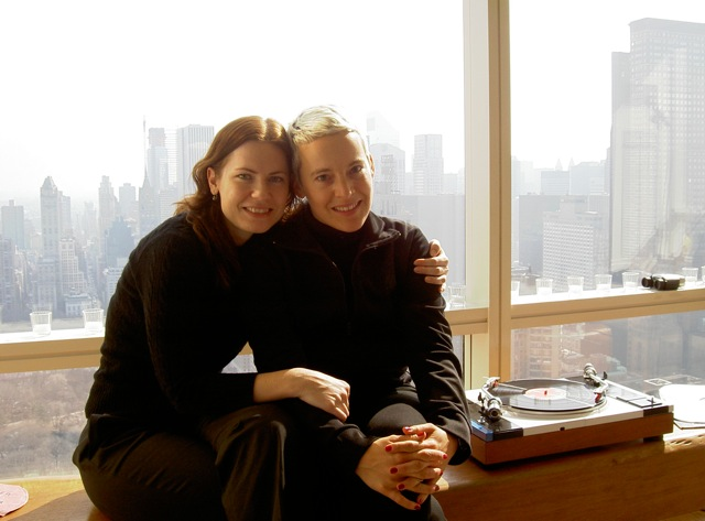 Интересные фотографии из жизни Кэндис Брайтц (2003-05)