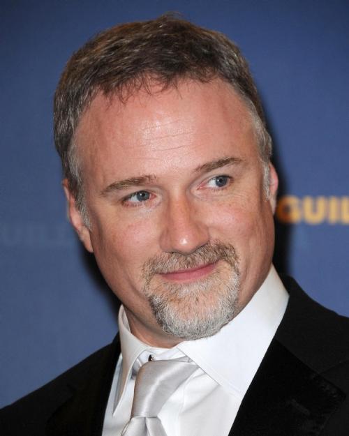 Il regista david Fincher è uno dei tanti talenti di Hollywood che sta preferendo lo studio televisivo a Hollywood. Che lo show business si trasferisca da Los Angeles a New York?