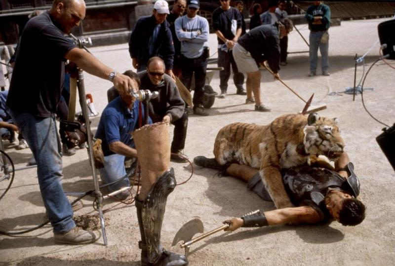 """Рассел Кроу на съемках фильма """"Гладиатор"""", 1999 год"""