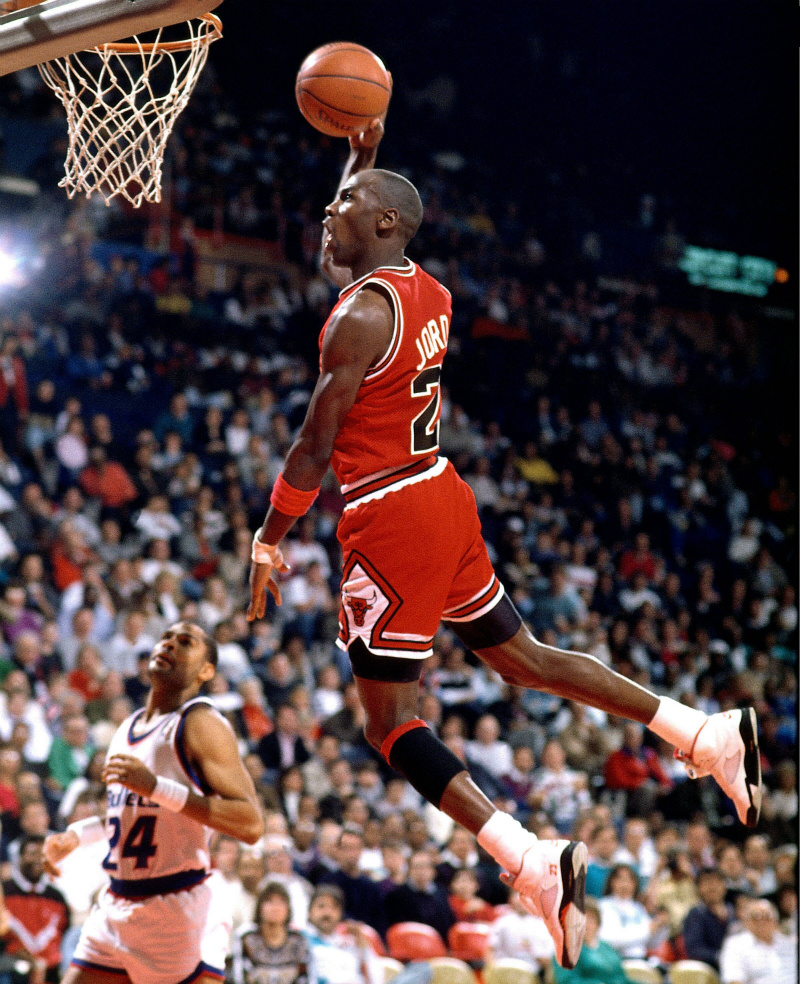 a biography of michael jordan the best basketball player to ever play in the nba Jordan announced his return to the nba to play for nba player jordan finished among the top three in michael jordan: basketball player.