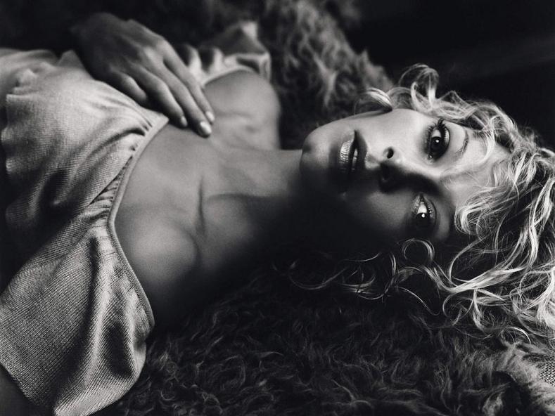 Аманда Детмер (Amanda Detmer)