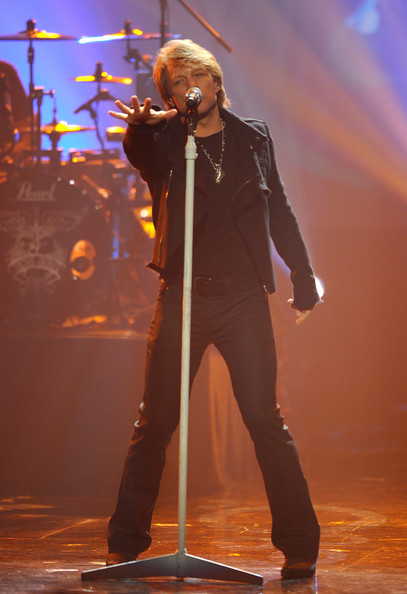 Джон Бон Джови на сцене