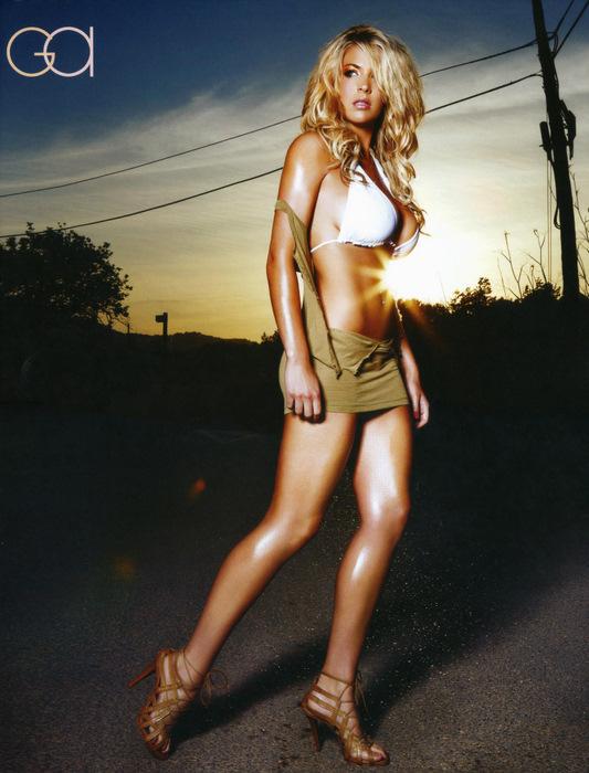 Джемма Аткинсон в нижнем белье. Эротическая фотосессия для календаря GQ