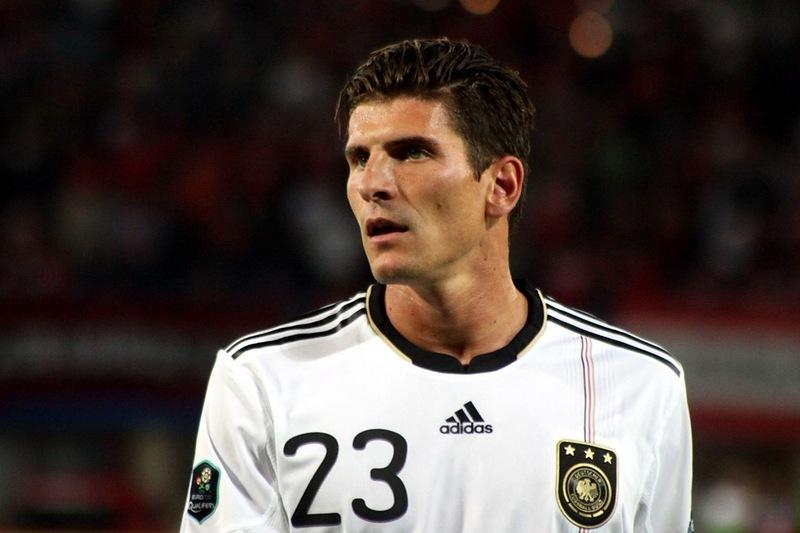 Топ-10 самых дорогих футболистов Евро-2012