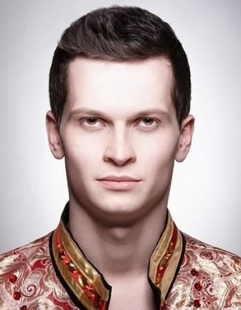 Евгений Карякин