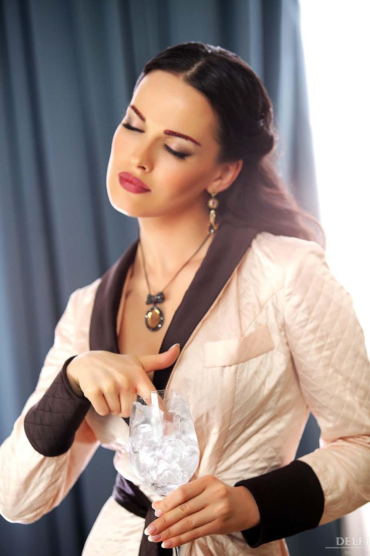 Обои. Фотосессии. Видео. Фотографии певицы и модели Дашы Астафьевой