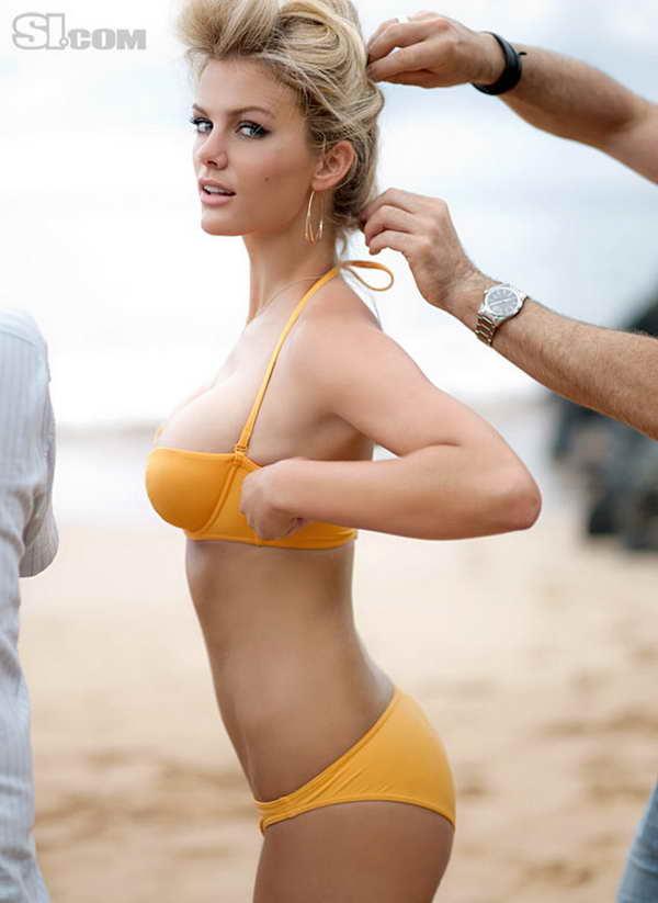 Бруклин Деккер для Sports Illustrated Swimsuit