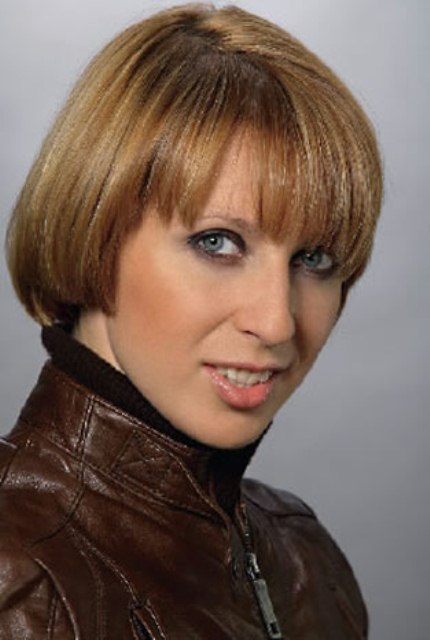 Яна Чурикова (Yana Churikova)