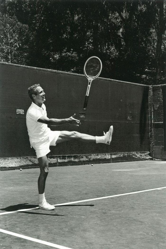 Пол Ньюман играет в теннис, 1960 год