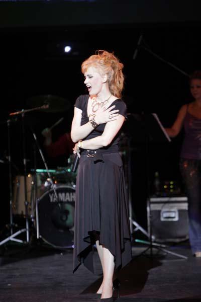 Светлана Разина на сцене