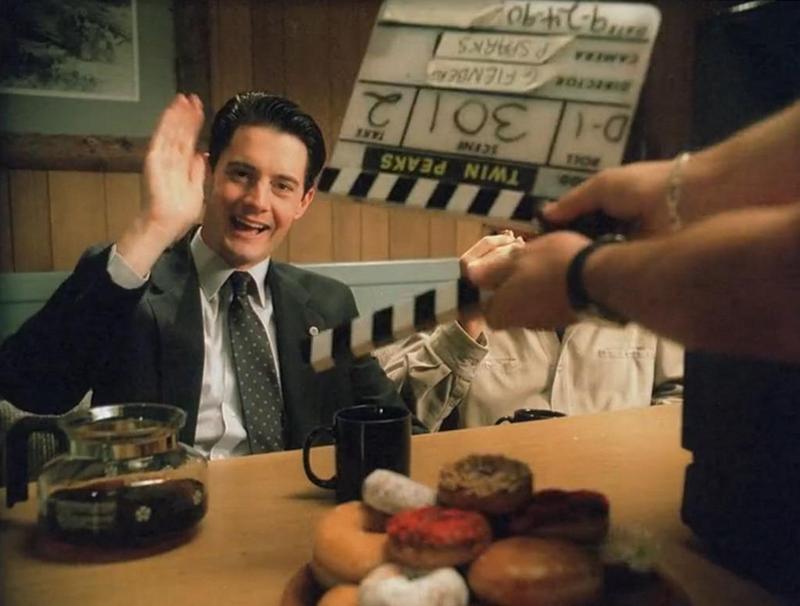 "Кайл Маклахлен на съемочной площадке сериала ""Твин Пикс"", 1990 год"