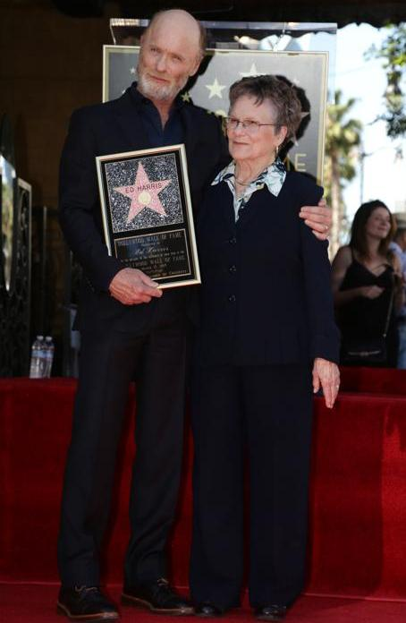 Звезда Эда Харриса на Аллее славы в Голливуде