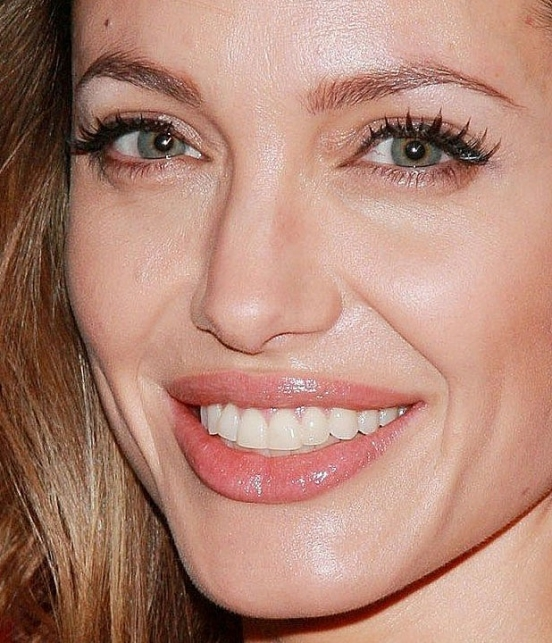 Макияж звезды: Анджелина Джоли ...