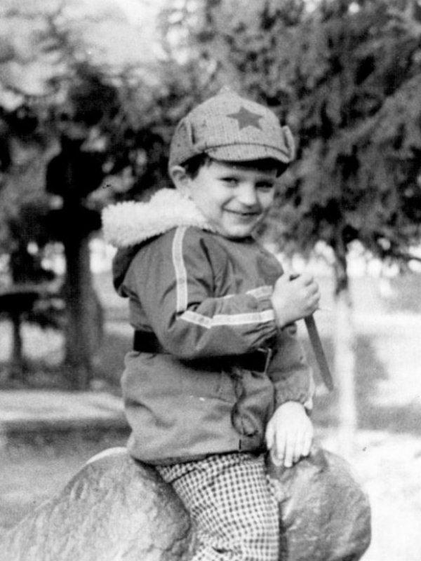 Анатолий Анатолич в детстве