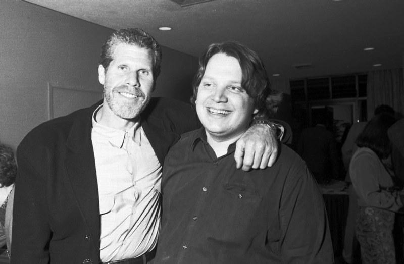 """Рональд Перлман и Гильермо Дель Торо на съемках фильма """"Хронос"""", 1992 год"""