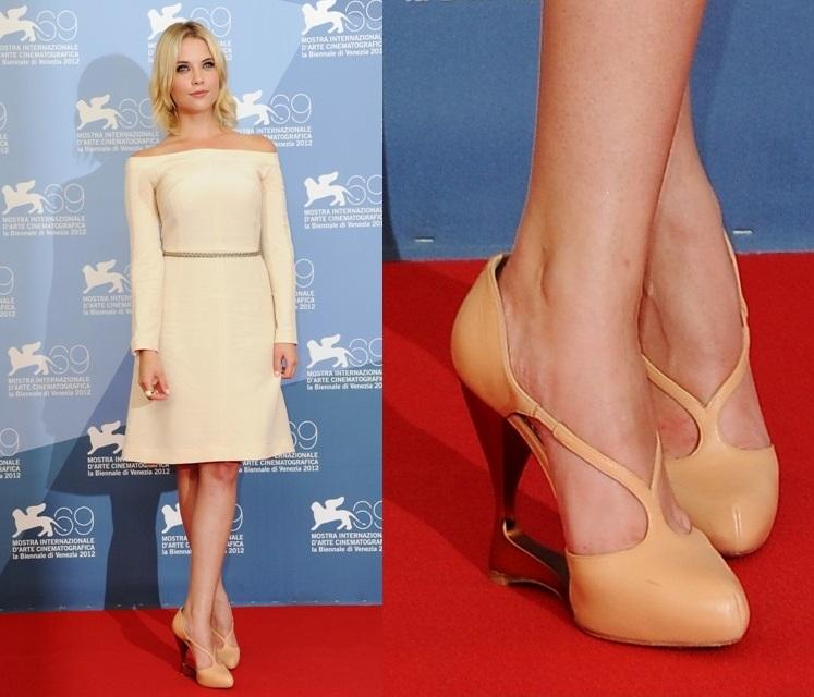 Звездная обувь Эшли Бенсон