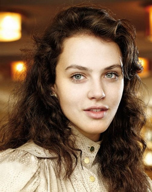 Джессика Браун-Финдли (Jessica Brown-Findlay)